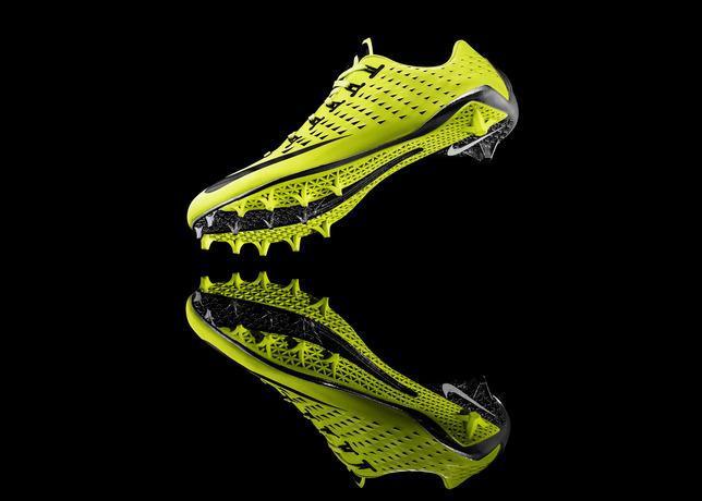13-150_Nike_Football_3_4_Sole-05d_17740