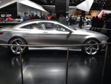 B Visits :: 2014 Detroit Auto Show